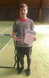 Luca Matheiowetz vom TC Gernlinden ist Bayrischer U14 Hallen-Vizemeister 2016